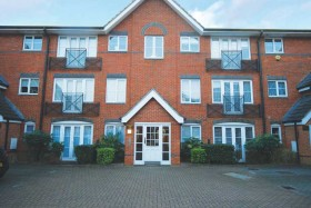 Click the photo for more details of Bloomsbury Close