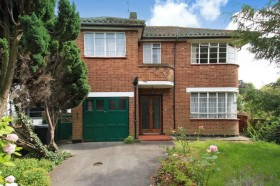 Click the photo for more details of Rathgar Close