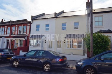 Click the photo for more details of Brackenbury Road