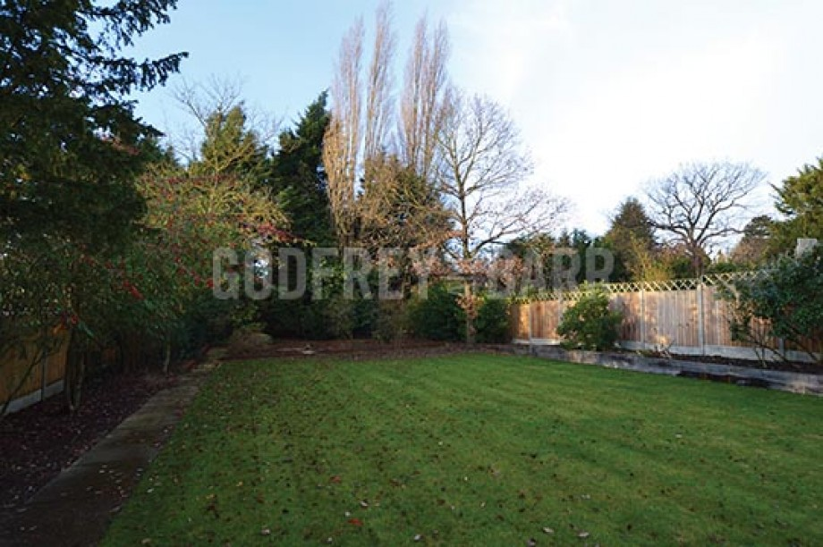 Tretawn Park, Mill Hill - Photo 24
