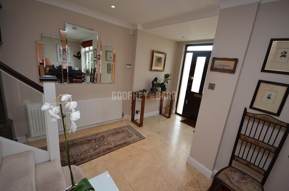 The Reddings, Mill Hill - Photo 19