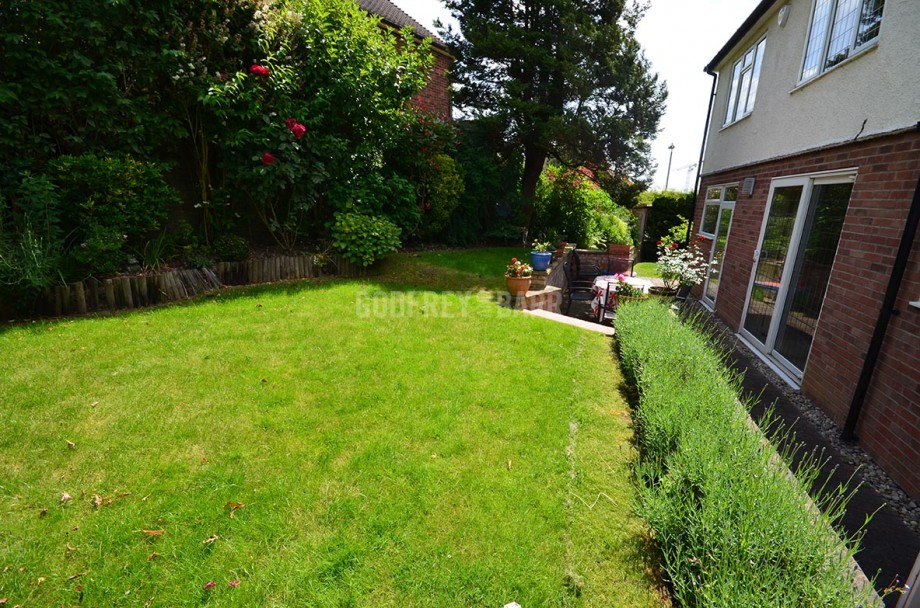 The Reddings, Mill Hill - Photo 22