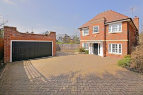Click the photo for more details of Bramley Close