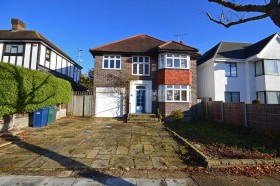 Click the photo for more details of Holmdene Avenue