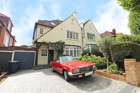 Click the photo for more details of Arden Road