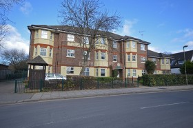 Click the photo for more details of Lowlands Court