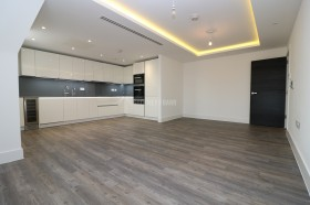 Click the photo for more details of Chandos Way