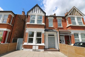 Click the photo for more details of Cavendish Avenue