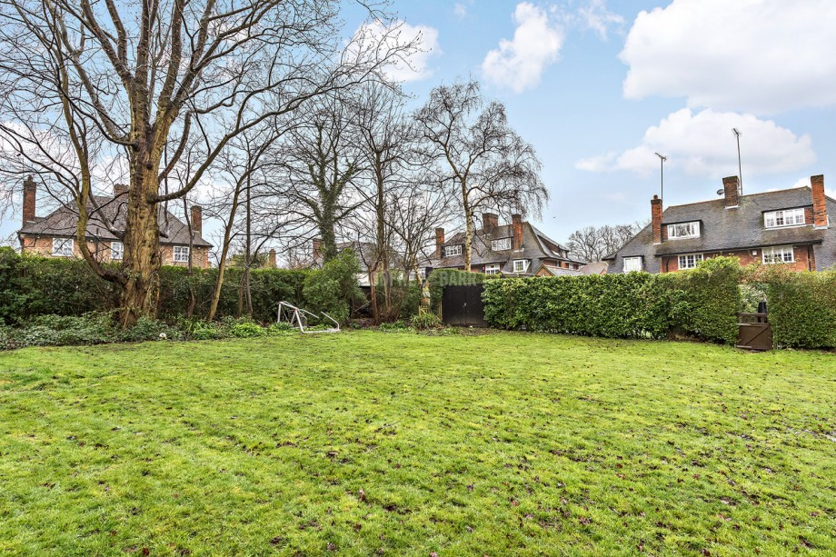 Northway, Hampstead Garden Suburb - Photo 20