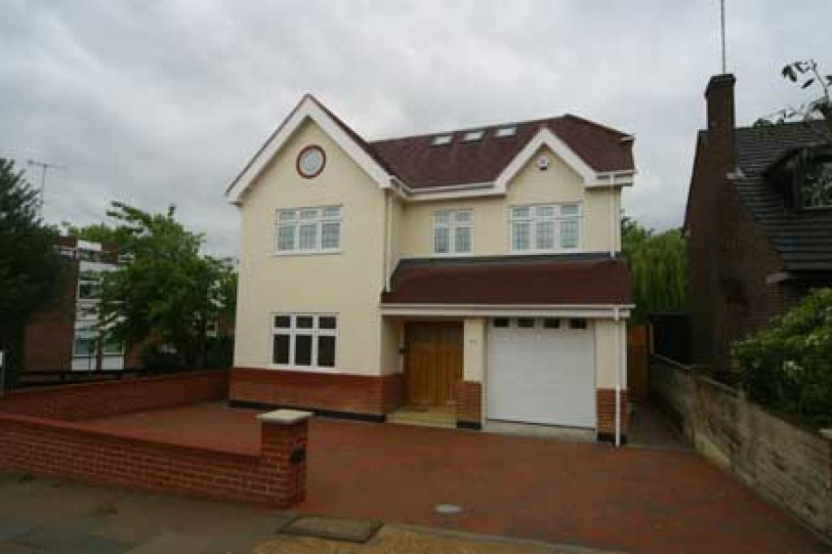 Church Crescent, FInchley - Photo 1