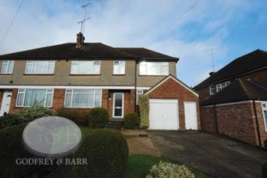Click the photo for more details of Reddings Close